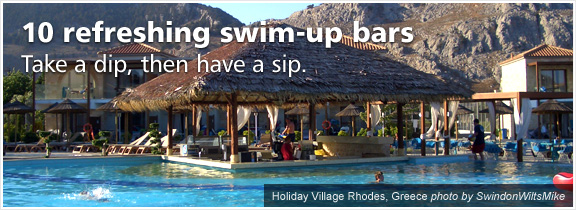 10 refreshing swim-up bars